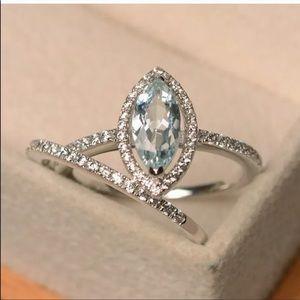 2 PCS danity engagement promise ring set